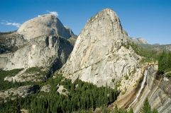 Yosemite's half-dome Royalty Free Stock Images