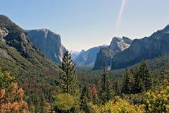 Yosemite sikter arkivfoton