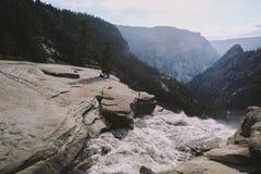 Yosemite - Spitze von Nevada Falls Stockbild