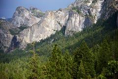Yosemite toppig bergskedja Nevada Royaltyfri Fotografi