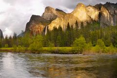 Yosemite Valley Mountains Falls, US National Parks royalty free stock images