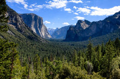 Yosemite Valley With Blue Sky And Clouds Stock Photography