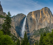 Yosemite vattenfall, Kalifornien, USA Arkivfoto