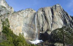 Yosemite vattennedgång Kalifornien Arkivfoto