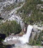 Yosemite-Wasserfall-Vogelperspektive Stockfoto