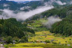 Yotsuya отсутствие полей риса деревни и террасы Semmaida Стоковые Фотографии RF