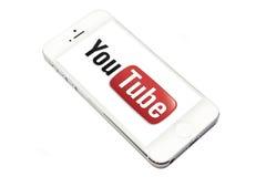You Tube e iphone 5 foto de stock