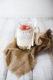 Yougurt de la fresa Foto de archivo libre de regalías