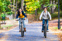 Free Young Active People Biking Stock Photo - 33122680
