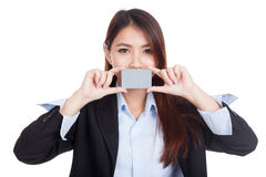 Young Asian businesswoman show blank card Stock Photography