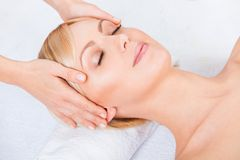 Young attractive beautiful woman getting spa Royalty Free Stock Photography