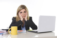 Young beautiful business woman suffering stress working at office frustrated and sad Royalty Free Stock Photography