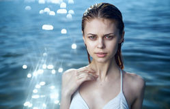 Young beautiful woman is resting on the sea, vacation, beach, ocean Royalty Free Stock Photos