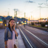 Young beautiful woman talking on her phone Royalty Free Stock Photography