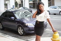 Young black woman in a city setting Royalty Free Stock Images