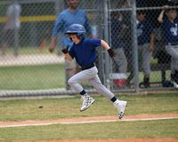 Free Young Boy Playing Little League Baseball Stock Images - 117839384