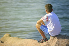 Young boy seeing the sea Royalty Free Stock Photography