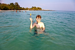 Young boy starts snorkeling Royalty Free Stock Images