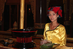 Young burmese woman in traditional dress Royalty Free Stock Photography