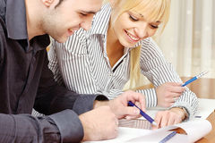 Young business couple work in office Royalty Free Stock Photos