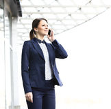 Young business woman in the big city Royalty Free Stock Photos