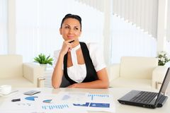 Young business woman with papers Stock Images