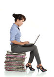 Young business woman using laptop Royalty Free Stock Photos