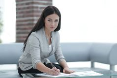 Business woman working with documents in the office Royalty Free Stock Photography