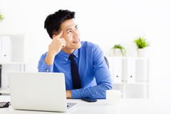 Young  businessman planning and thinking Royalty Free Stock Images