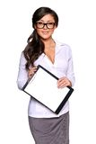 Young businesswoman holding clipboard Royalty Free Stock Photography