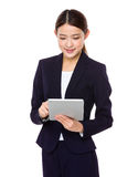 Young businesswoman holding a tablet Stock Photos