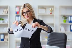 The young businesswoman with message in the office Royalty Free Stock Photography