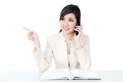 Young Businesswoman Using Cellphone Royalty Free Stock Photos