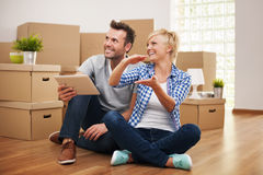 Young couple arranging relocation Royalty Free Stock Photography