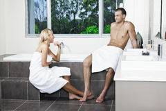 Young couple in bathroom Stock Photography