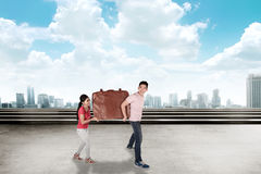 Young couple carry baggage Royalty Free Stock Images