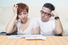 Young couple in bad financial situation Royalty Free Stock Photos
