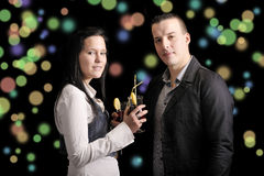 Young  couple drinking a cocktail Royalty Free Stock Photos