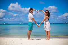 Young couple enjoying each other on a tropical Royalty Free Stock Photos