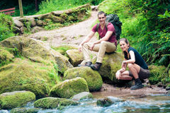 Young Couple Hiking royalty free stock images