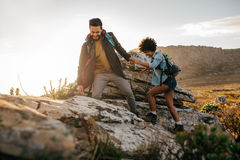 Young couple hiking in nature Royalty Free Stock Photography