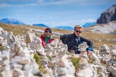 Young couple in italien dolomites, loving nature and climbing, tre cime di lavaredo Royalty Free Stock Photography