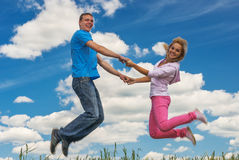 Young couple jumping Royalty Free Stock Photography