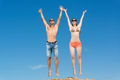 Young couple jumping together Royalty Free Stock Images