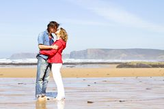 Young couple in love kissing eachother Royalty Free Stock Photography