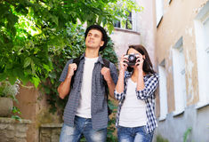 Young couple making photos as tourists Royalty Free Stock Photos