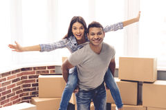 Young couple moving Stock Photography