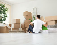 Young couple moving house Royalty Free Stock Photo
