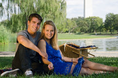 Young Couple on a Picnic Royalty Free Stock Photos