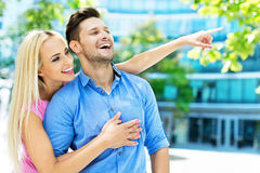 Young couple pointing Royalty Free Stock Photography